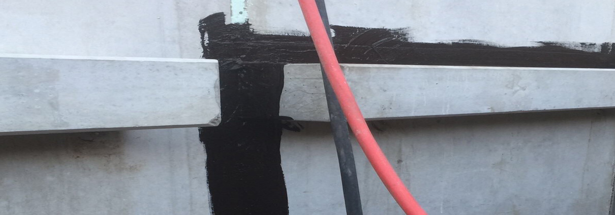 Floor-wall connection sealant