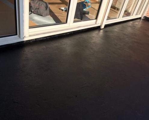 Blijvend elastische coating
